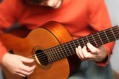 Homme espagnol de guitare Photos libres de droits