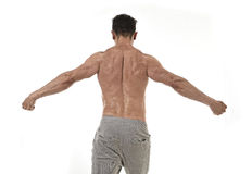 Homme et bodybuilder hispaniques de sport dans les WI d'entreprise de pose d'attitude Image libre de droits