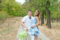 Homme et femme affectueux Photographie stock