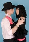 Homme et femme avec étreindre de menottes Photographie stock