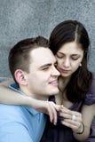 Homme et femme dans l'amour pour la première fois. Photo libre de droits
