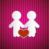 Homme et femme de papier avec le coeur sur le carton rose et rouge Images libres de droits