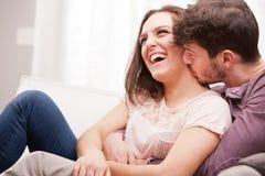 Homme et femme s'aimant Photographie stock