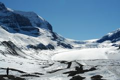 Homme et icefield Photo stock