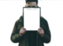 Homme et papier Image libre de droits