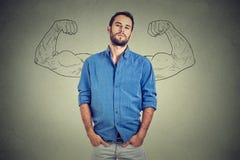Homme fort, jeune entrepreneur plein d'assurance image stock