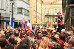 Homme géant dans Khamore - festival de Roma du monde Photos stock