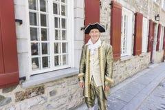 Homme habillé en tant qu'un courtisan ou prince à Québec image libre de droits