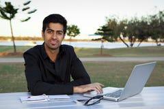 Homme indien d'affaires image stock