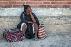 Homme indigène non identifié de Yampara avec l'habillement et le chapeau traditionnels, sur le marché local de Tarabuco dimanche, Photo libre de droits