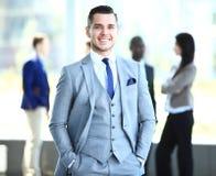Homme intelligent heureux d'affaires photos stock
