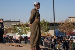 Homme kurde se tenant dans un Souq en Irak Images stock