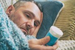 Homme mûr souffrant de la dépression photographie stock