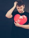 Homme malheureux avec le coeur brisé Images libres de droits