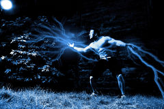 Homme musculaire énergique Images libres de droits