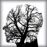 Homme naturel dans l'arbre pour Image libre de droits