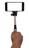 Homme prenant le selfie utilisant un téléphone portable Photos stock