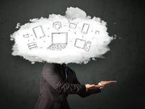 Homme professionnel d'affaires avec la tête de réseau de nuage Photos libres de droits