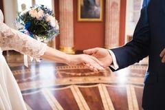 Homme proposé pour le mariage images stock