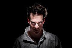 Homme psychopathe de sourire bizarre obscur Photo libre de droits