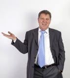 Homme réussi d'affaires avec le lien bleu photographie stock libre de droits