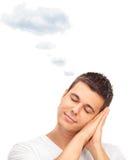 Homme rêvant avec le nuage au-dessus de sa tête Photos libres de droits