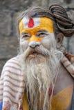 Homme religieux au Népal Photographie stock libre de droits