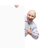 Homme retenant le signe ou la plaquette blanc photographie stock