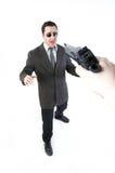 Homme retenant un canon Photo libre de droits