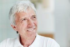Homme supérieur avec le sourire chaud Image libre de droits