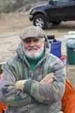 Homme supérieur sur des vacances en camping Photo libre de droits