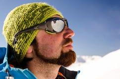 Homme sur la montagne Photos stock