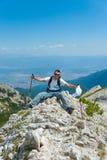 Homme sur la montagne Pirin Images stock