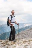 Homme sur la montagne Pirin Photo stock