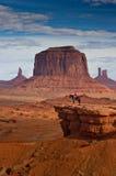 Homme sur le cheval, vallée de monument Images libres de droits