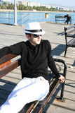 Homme sur le pilier Photographie stock libre de droits