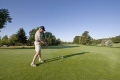 Homme sur le terrain de golf Photo stock