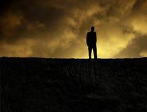 Homme sur une montagne Images libres de droits
