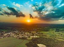 Hommel geschotene zonsondergang royalty-vrije stock afbeelding