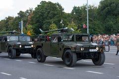 Hommels op Humvee royalty-vrije stock afbeelding