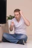 Hommes avec le câble de TV. Images libres de droits