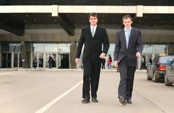 Hommes d'affaires de marche Photo libre de droits