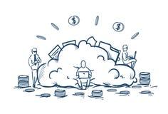 Hommes d'affaires de stockage de données de nuage travaillant la pile de pièce de monnaie du dollar d'argent de concept de servic illustration libre de droits