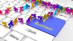 Hommes d'affaires en ligne occupés de clavier d'affaires courant autour Photographie stock libre de droits