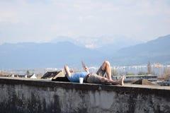 Hommes de repos Photographie stock libre de droits