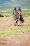Hommes de Sotho avec les instruments de musique traditionnels photos stock