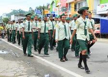 Hommes et womena de culture de groupe de coopération mutuelle pour l'amitié Indonésie Photo stock