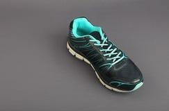 Hommes faits indiens chaussures de sport du ` s Photos stock