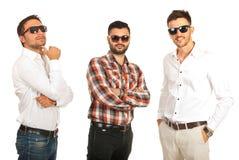 Hommes modernes d'affaires avec des lunettes de soleil Photo libre de droits