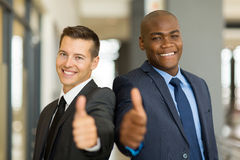 Hommes multiraciaux d'affaires photographie stock libre de droits